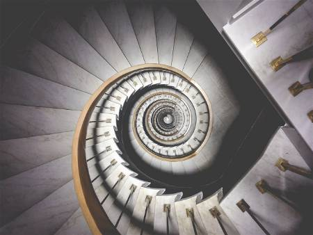 downward spiral stairs