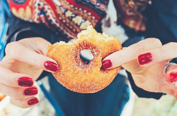 Fingernails Donut